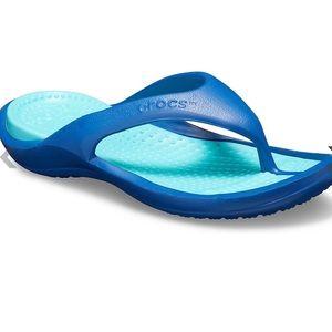 🆕 Crocs Athens Flip Blue Flip-flop Sandals Size 7